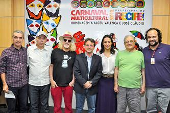 Prefeito anunciou os homenageados do Carnaval Multicultural 2012
